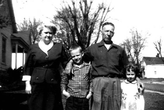 (L to R), Adeline (wife), Larry (son), Edgar, Linda (daughter), 1953. Photo provided by family.