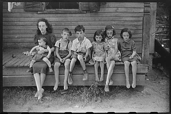 Children of Albert Lynch, Farm Security Administration client, Dummerston, Vt, 1941. By Jack Delano.