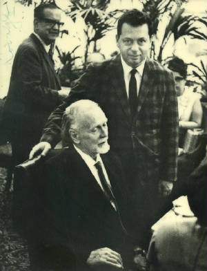 Andy Ackers (center), Tibor Serly (front), Zoltán Kodály (rear), 1965. Courtesy of Andrew Ackers.