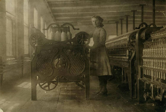 Anna Dugas, 14 yrs old, Winchendon, Massachusetts, September 1911. Photo by Lewis Hine.