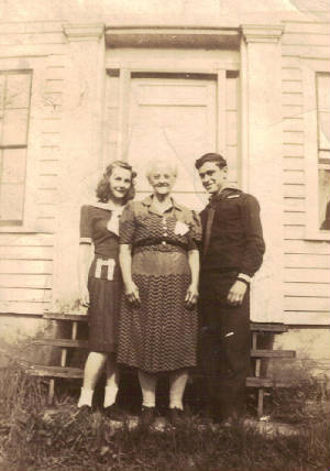 Nellie Weeks, granddaughter Barbara (Viola's daughter) & friend, circa 1950. Provided by family.