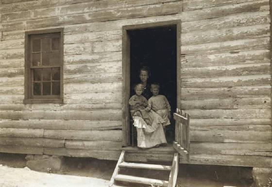 Bessie Hicks and children (L to R) Camilla and Joseph, Matoaca, Va, June 1911. Photo by Lewis Hine.