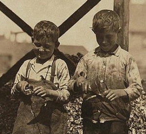 Clarence (left) & George Goodeill, 1911. Photo by Lewis Hine.