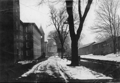 Dwight Mfg. Co. & houses where Arthur once lived. Date unk. Courtesy of Agawam Hist. Assn.