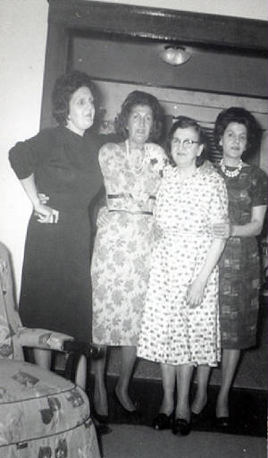 Thomas sisters (L-R): Ethel, Marion, PHOEBE, and Evelyn, 1963. Provided by family.