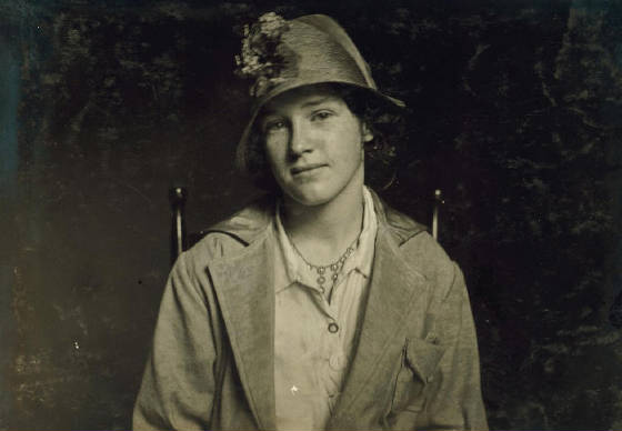 Evelyn Casey (14 years old), Fall River, Massachusetts, June 17, 1916. Photo by Lewis Hine.