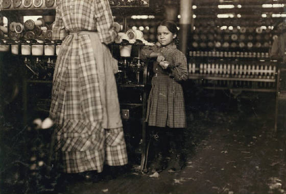 Fannie Sweeney (7 years old) and sister Ella (20), Fayetteville, TN, Nov 1910. Photo by Lewis Hine.