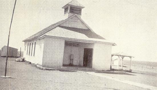 Flower Mound School, early 1900s. Uncredited photo posted on the school's website.
