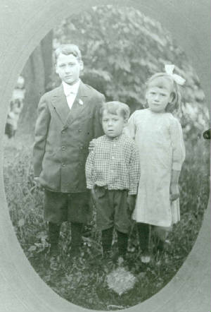 Henry Brooks (left), brother Albert and sister Evelina, circa 1912.