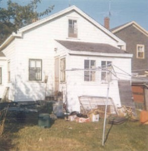 1972 photo of house at 10 Water St, in Eastport, one of the houses that the Thomas family lived in.