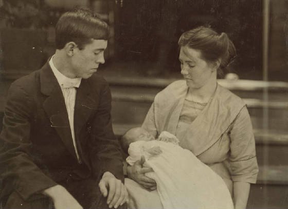James and Mary Leazer, with baby Ruby, Rock Hill, South Carolina, May 1912. Photo by Lewis Hine.