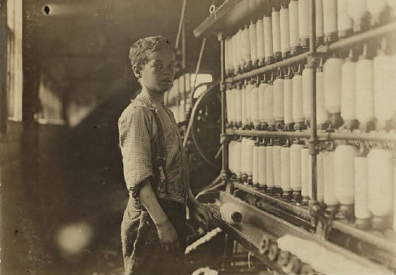 John Dempsey, Fiskeville, Rhode Island, April 1909. Photo by Lewis Hine.
