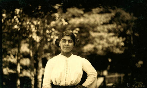 Julia Joseph, Winchendon, Massachusetts, September 1911. Photo by Lewis Hine.