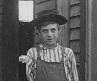 Photo by Lewis Hine, November 1907.