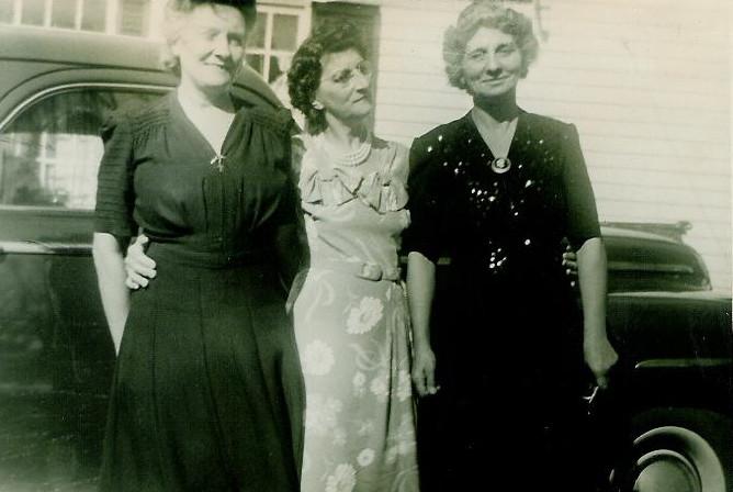 (L-R): Mamie, Eglantine & Odella Laberge.