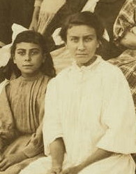 Odella (left) and Mamie Laberge, 1911. Photo by Lewis Hine.