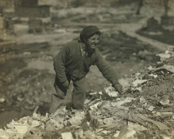 Oscar Radnisky, Fall River, Massachusetts, June 22, 1916. Photo by Lewis Hine.