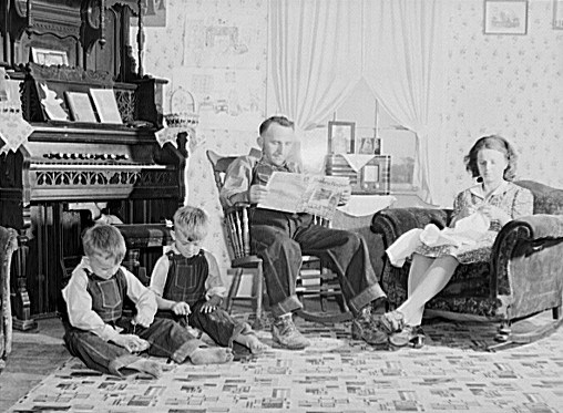 Left to right: Carl, Charles, Paul and Minnie Patton, Robinson, Il, May 1940. Photo by John Vachon.