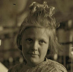 Sadie Barton, Lancaster, SC, November 1908. Photo by Lewis Hine