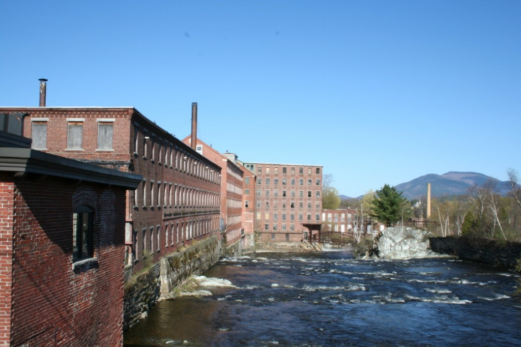 Sugar River, Claremont, New Hampshire (2006)