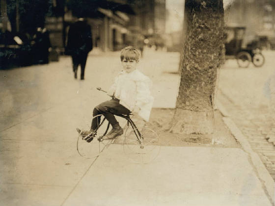 William Frederick Tear, 5 yrs old, Washington, DC, April 1912. Photo by Lewis Hine.