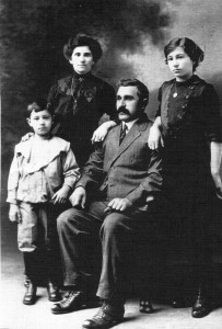 Angelo Bernardina, wife Luigia and children Aldo and Edvige, circa 1916. Photo provided by family.