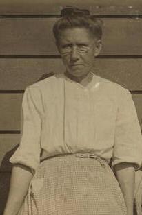 Annie Padgett, 1914. Photo by Lewis Hine.