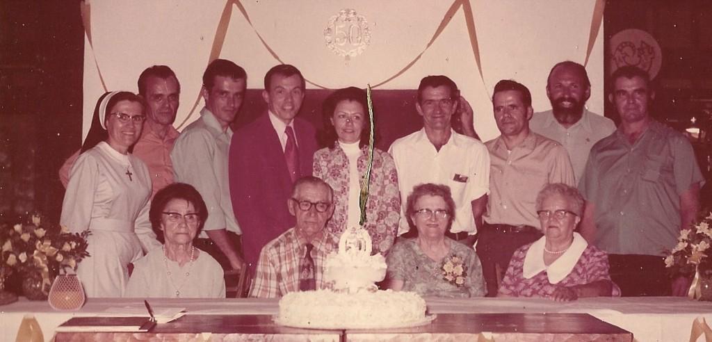 Front row (L-R): Antoinette, her husband David, her sister Anita, her sister Yvonne. Back row: Anita's children.