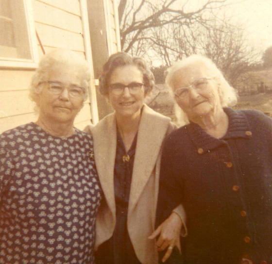 Reunion of sisters (L-R): Mattie Young Ricks (74), Eddie Lou Young Parker (69), and Mell Young Willis (75), January 1970.
