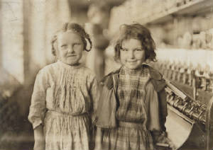 Eddie Lou Young (right) an unrelated girl, 1909. Photo by Lewis Hine.