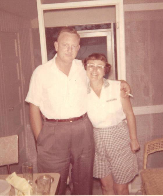 Elizabeth Young Murdaugh Hunley with son Jesse Smith Jr., 1960.