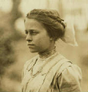 Eva Tanguay, 1911. Photo by Lewis Hine.