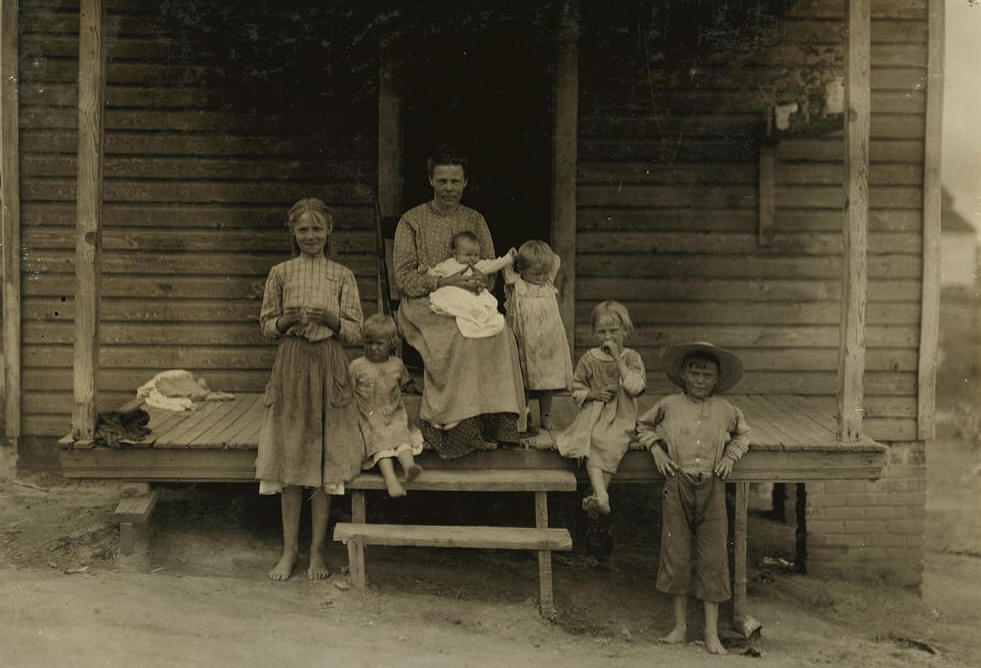 Florine Fuqua (standing), 13, South Boston, Va, June 1911. Photo by Lewis Hine.