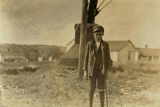 John Ghent, 13 years old, Lancaster, South Carolina, November 1908. Photo by Lewis Hine.