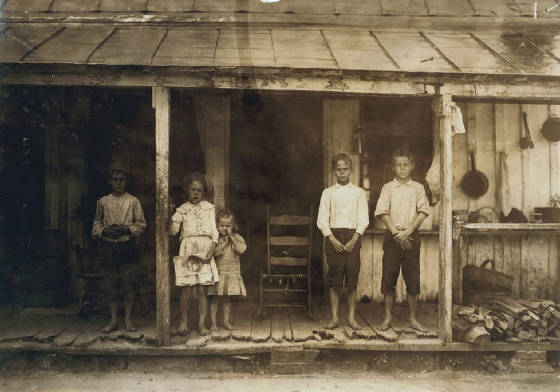 (L-R) Edward, Hessie, Agatha, Joseph (Early), Lawrence Purdie, Matoaca, VA, June 1911, Lewis Hine.