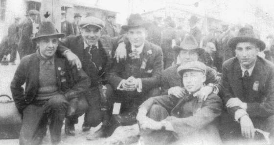 Leo Andreoli (left) on the day he left for boot camp during World War I.