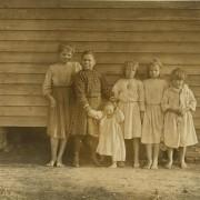 Lizzie McKenzie & The Baxley Children, Dillon, South Carolina