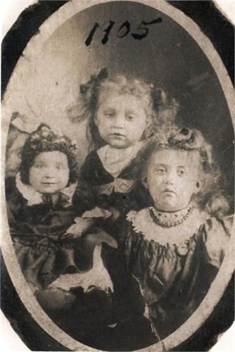 Mary Ostafin (middle) with cousins. She died September 11, 1905.