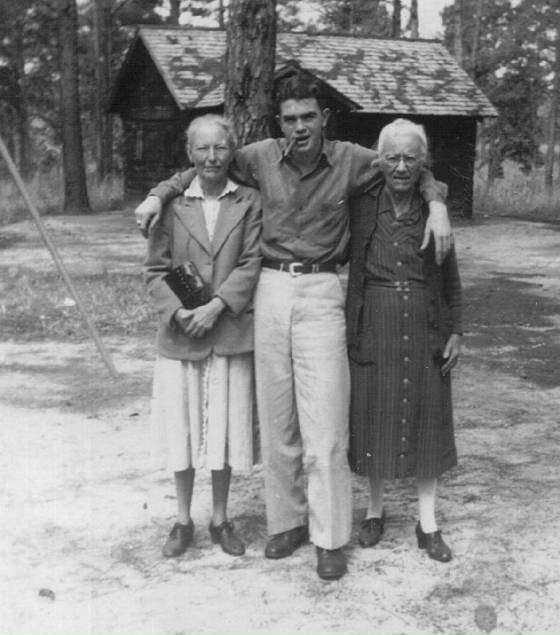 Mell Young Willis (left) with son Elbert and mother Catherine, 1950s.