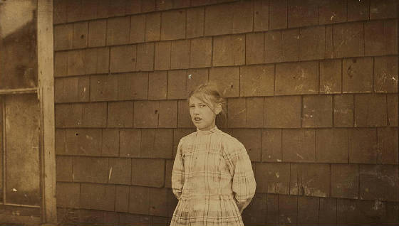 Minnie Thomas, Eastport, Maine, August 1911. Photo by Lewis Hine.