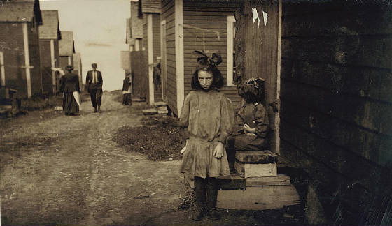 Anna J. Gallant, 9 yrs. old, Eastport, Maine, August 1911. Photo by Lewis Hine.