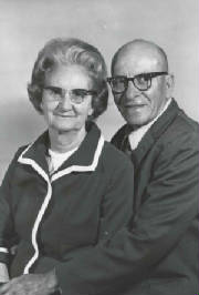 Otto and Agnes Shelton, on their 50th wedding anniversary.