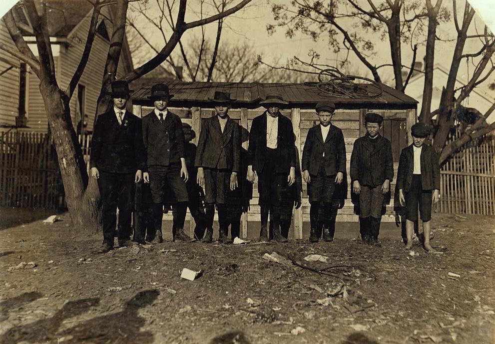 Otto Shelton (far right), 10 yrs, Macon, GA, Jan 17, 1909. Photo by Lewis Hine