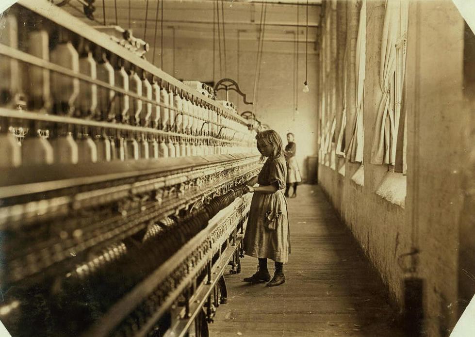 Sadie Phifer, 9 years old, Lancaster, SC, Nov. 30, 1908. Photo by Lewis Hine.