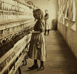 Sadie Phifer, 1908. Photo by Lewis Hine.
