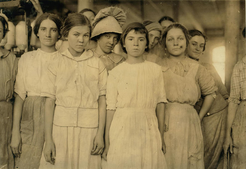 Selena Walls (front-right). That's her mother only partially visible at far right.