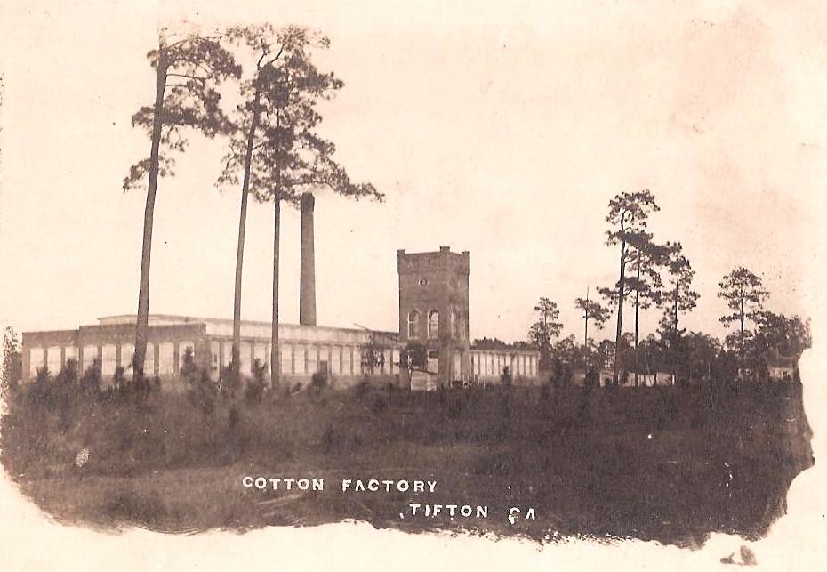 Old postcard courtesy of John Johnson.