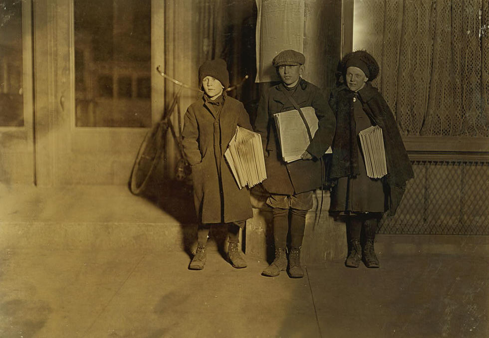 Albert (left) & Emma Buecher (right), Bridgeport, Connecticut, March 1909. Photo by Lewis Hine.