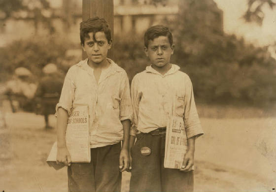 Edward (left) & Carmine Zizza, 13 yrs old, Newark, New Jersey, August 1, 1924. Photo by Lewis Hine.