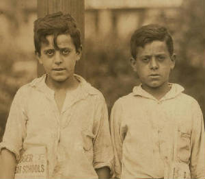 Edward (left) and Carmine (right) Zizza, 1924. Photo by Lewis Hine.